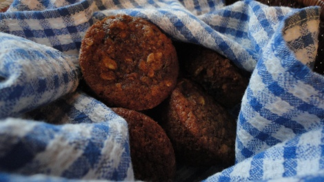Clean-eating-blueberry-oat-muffin-recipe