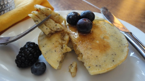 Gluten-free-lemon-poppy-seed-pancakes