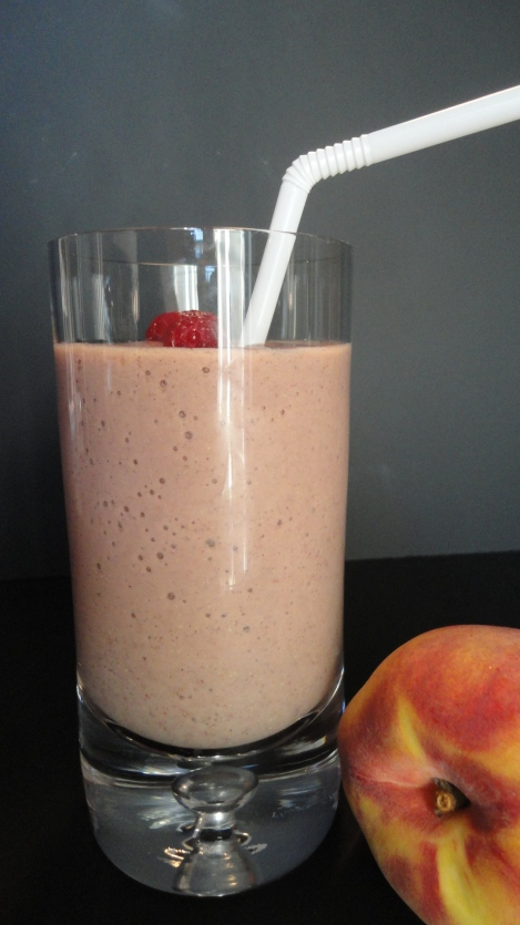 peach-raspberry-Smoothie-power