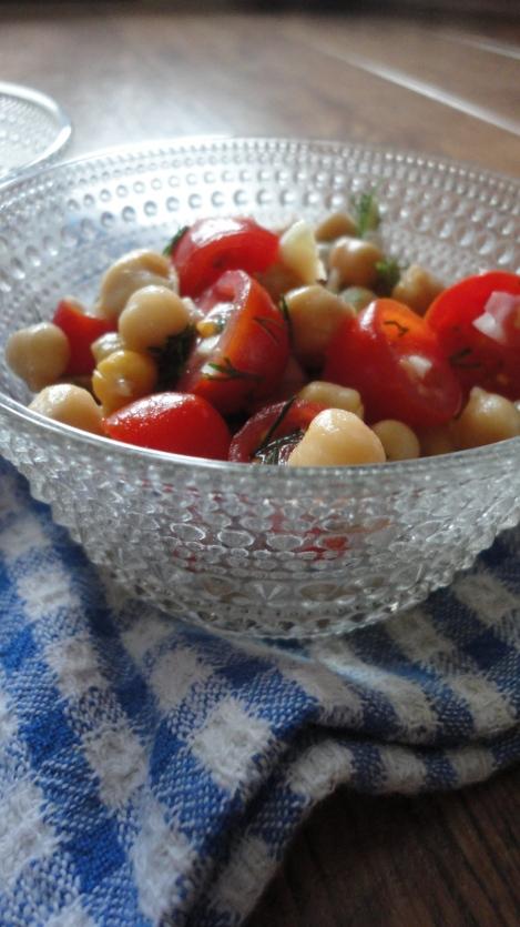 Chickpea Tomato Dill Salad